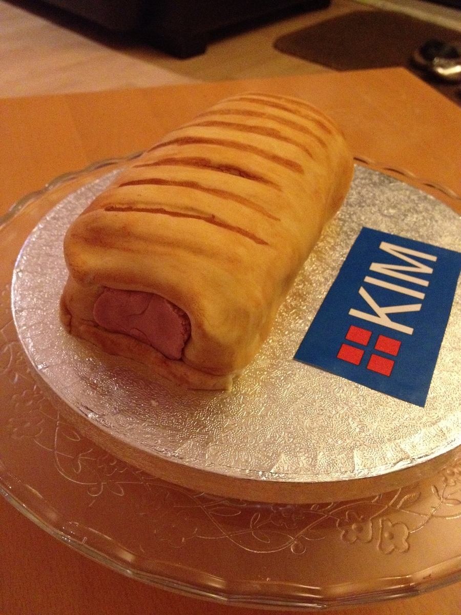 Sausage Roll on Cake Central