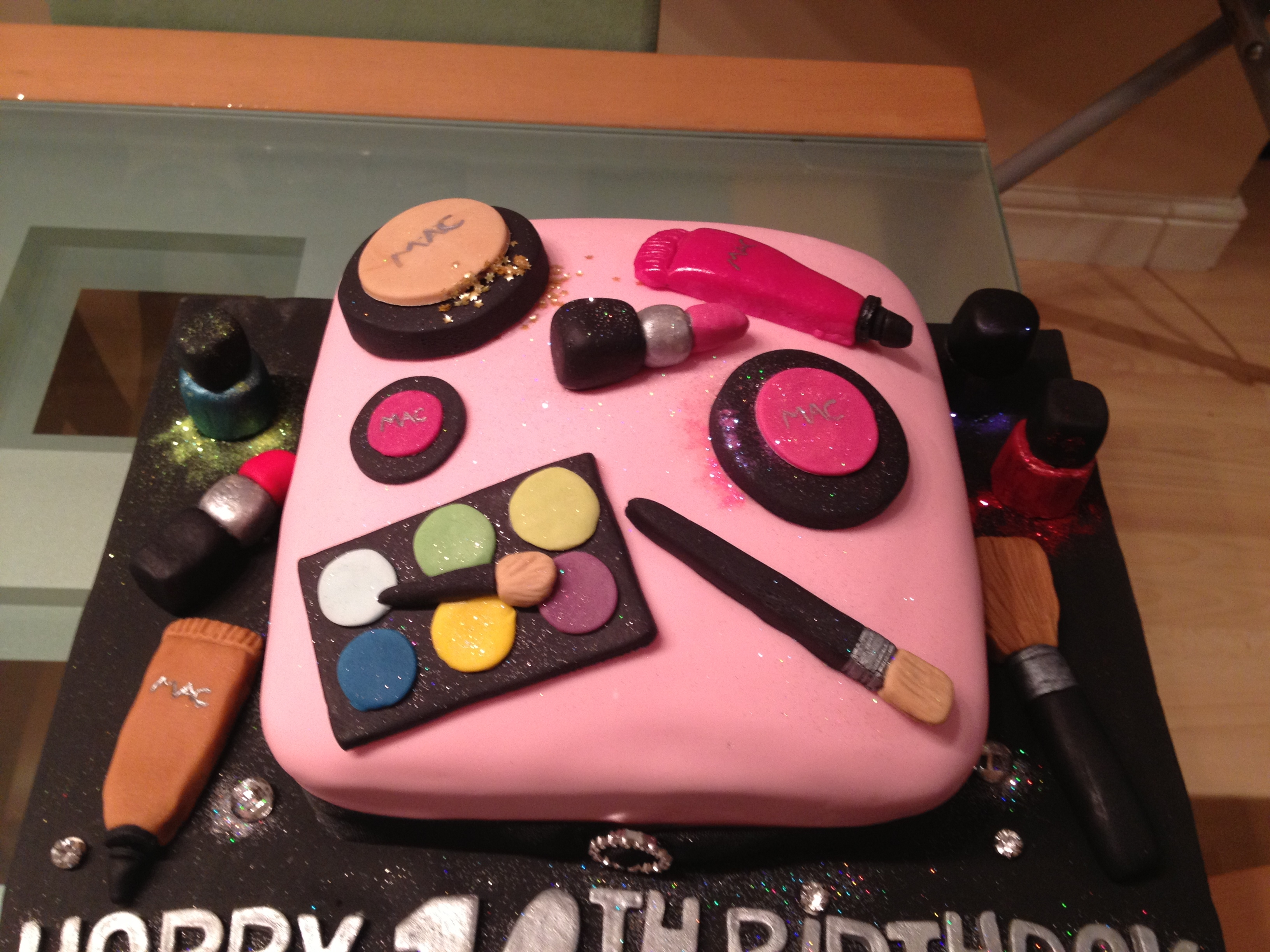 16Th Birthday Makeup Cake - CakeCentral.com