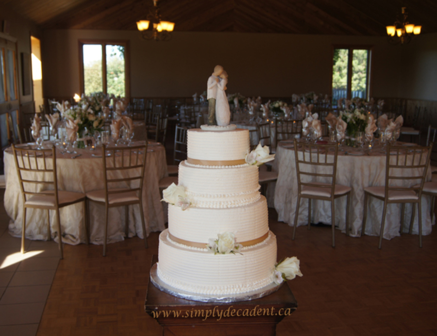 willow tree wedding cake 4 tier ivory textured buttercream wedding cake with willow 27491