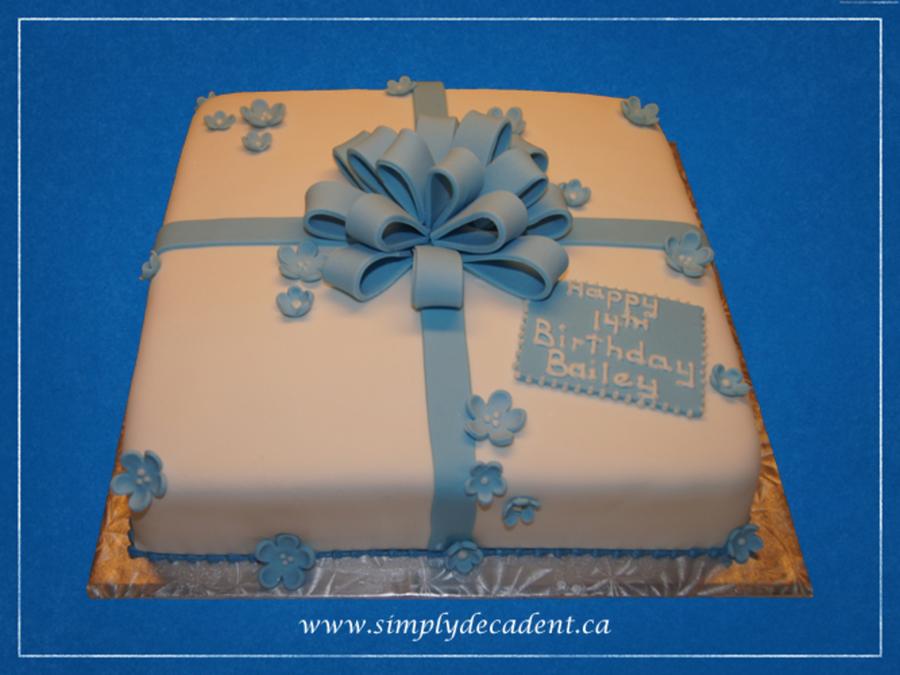 Fondant Gift Box Birthday Cake With Blue Fondant Bow Amp