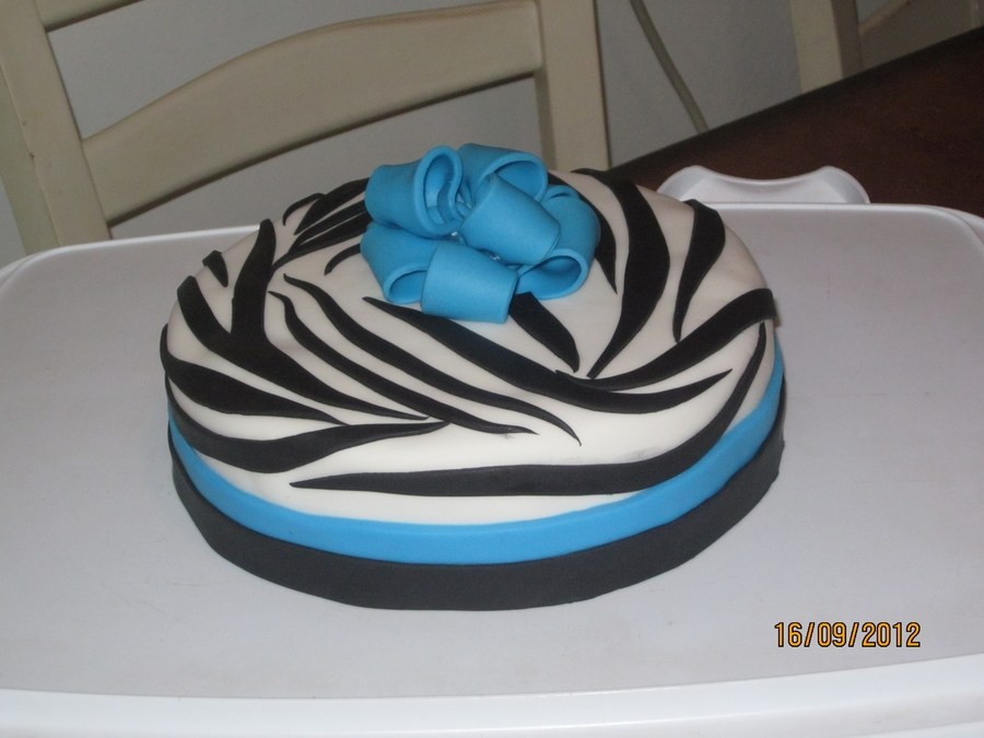 Simply Zebra on Cake Central