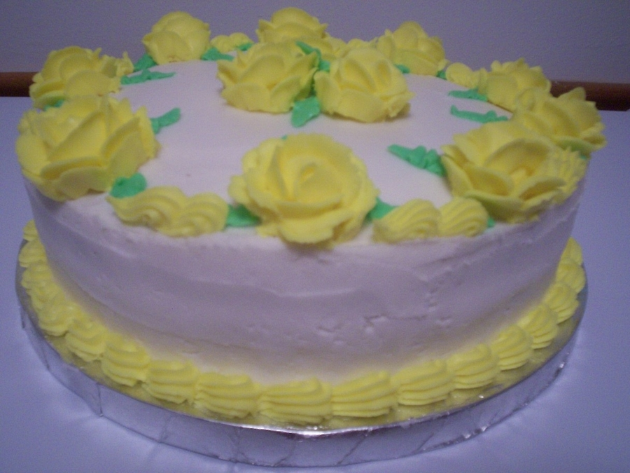 Medley Of Yellow Roses on Cake Central