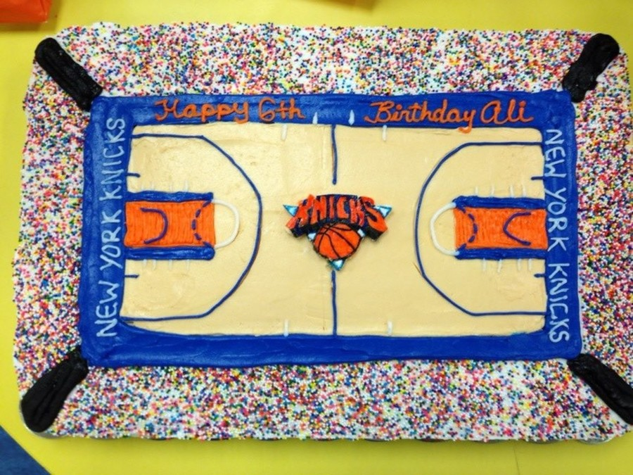 New York Knicks Full Court Birthday Cake The Sprinkles Represent The Fans  on Cake Central