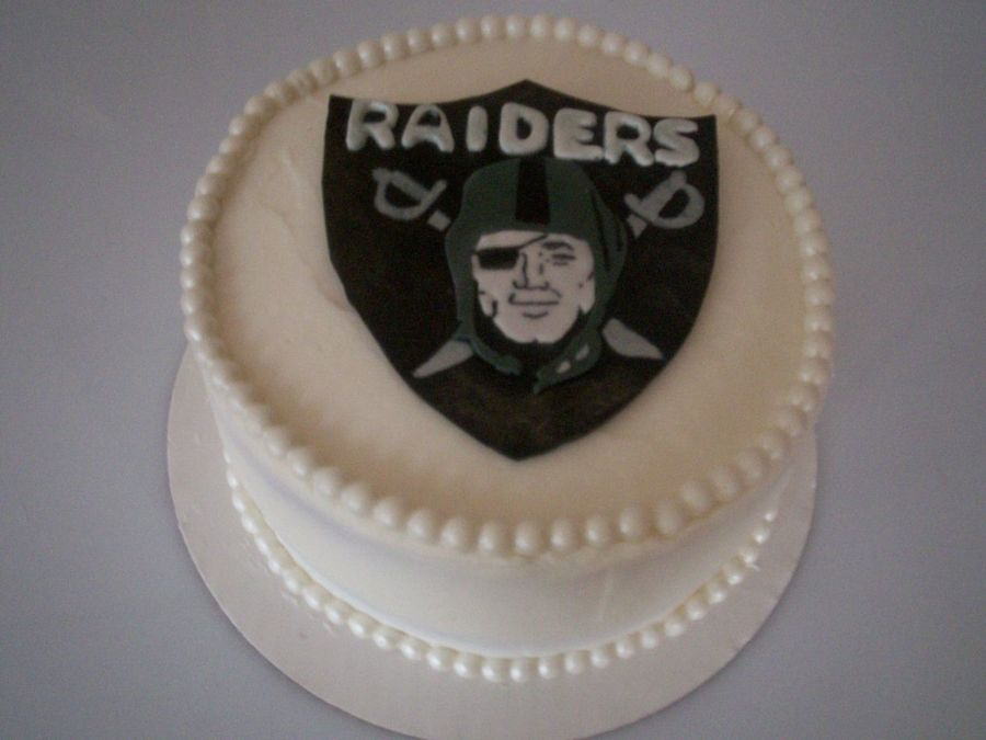 Oakland Raiders Cake  on Cake Central