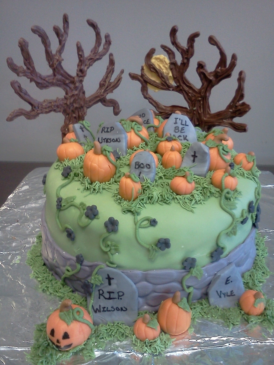Happy Halloween!! on Cake Central