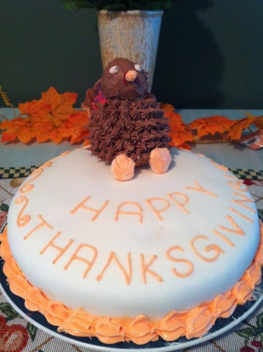 Thanksgiving Cake With Turkey Topper on Cake Central