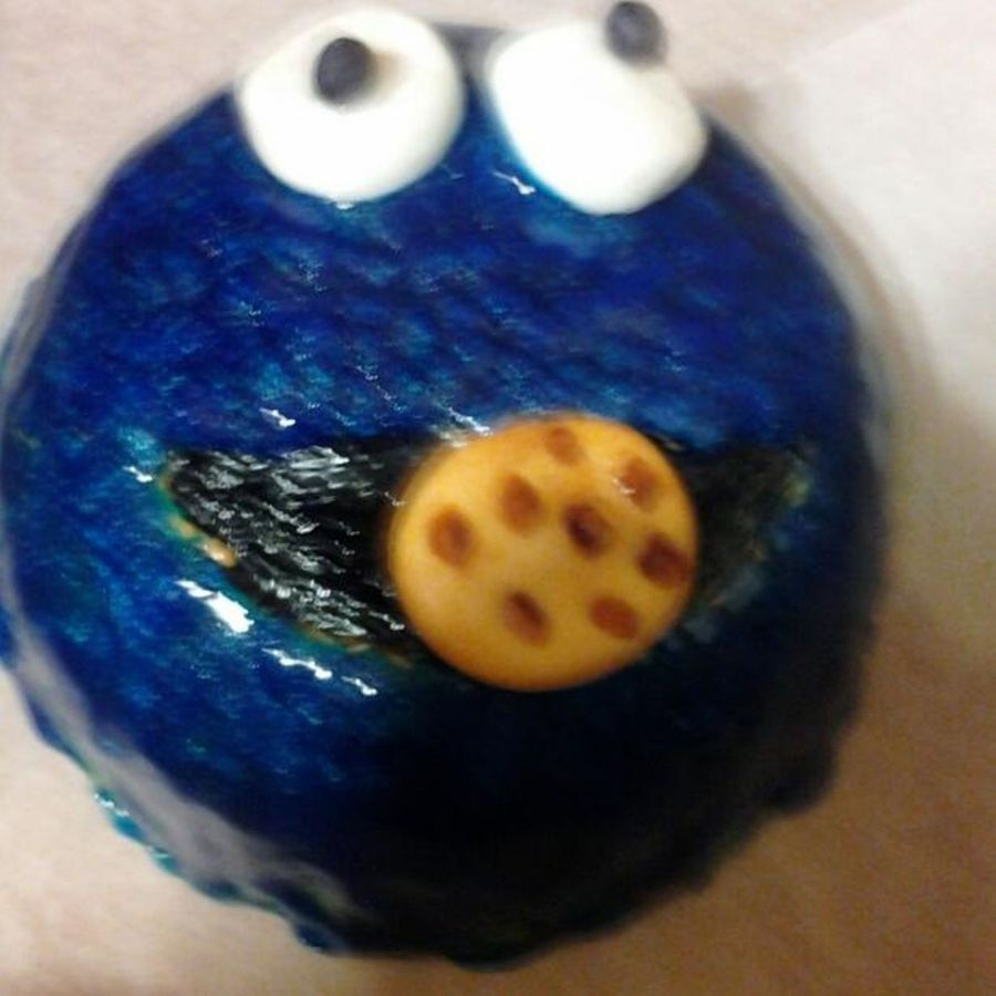 Cookie Monster on Cake Central