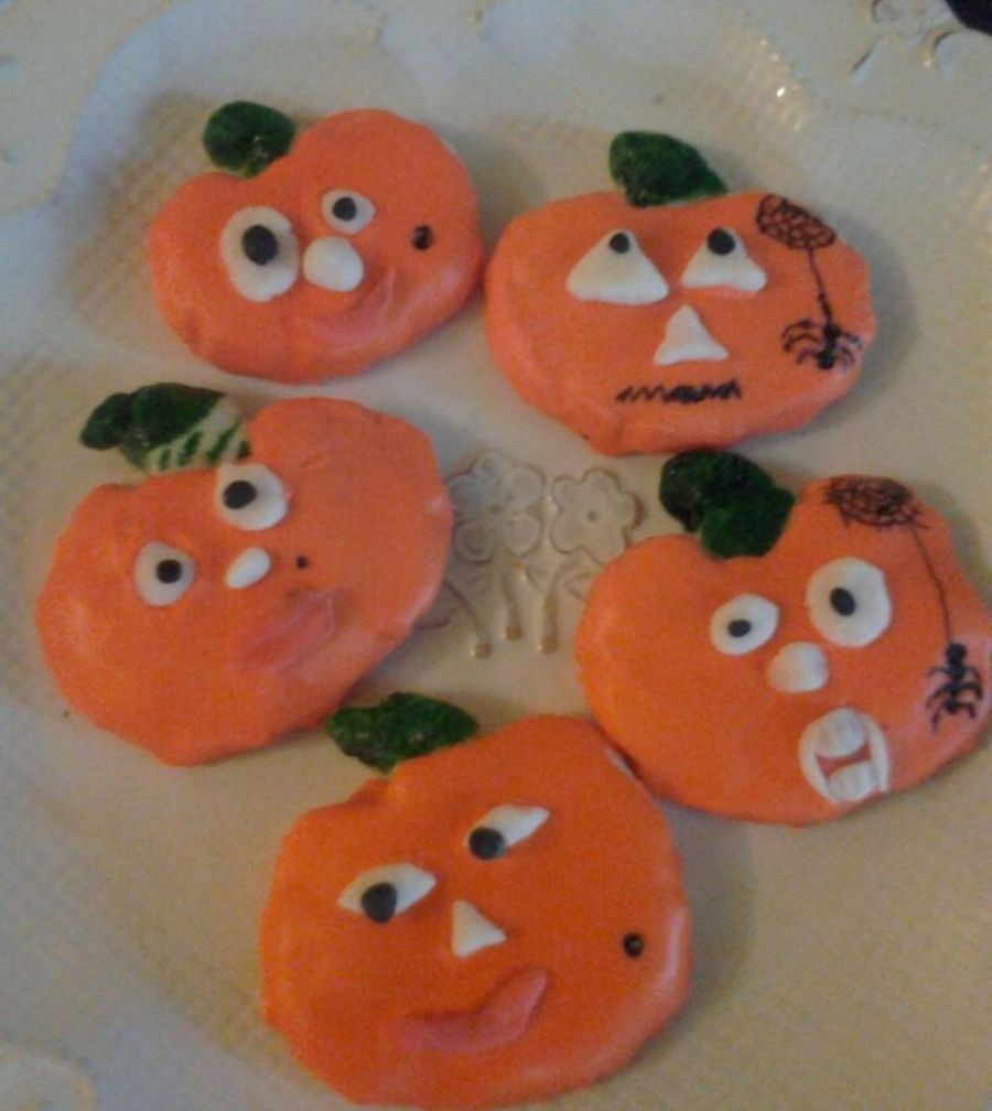 Crazy Pumpkins on Cake Central