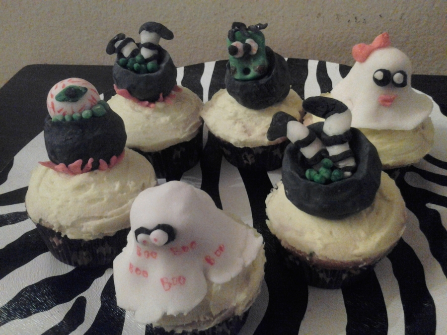 Scary Treats on Cake Central