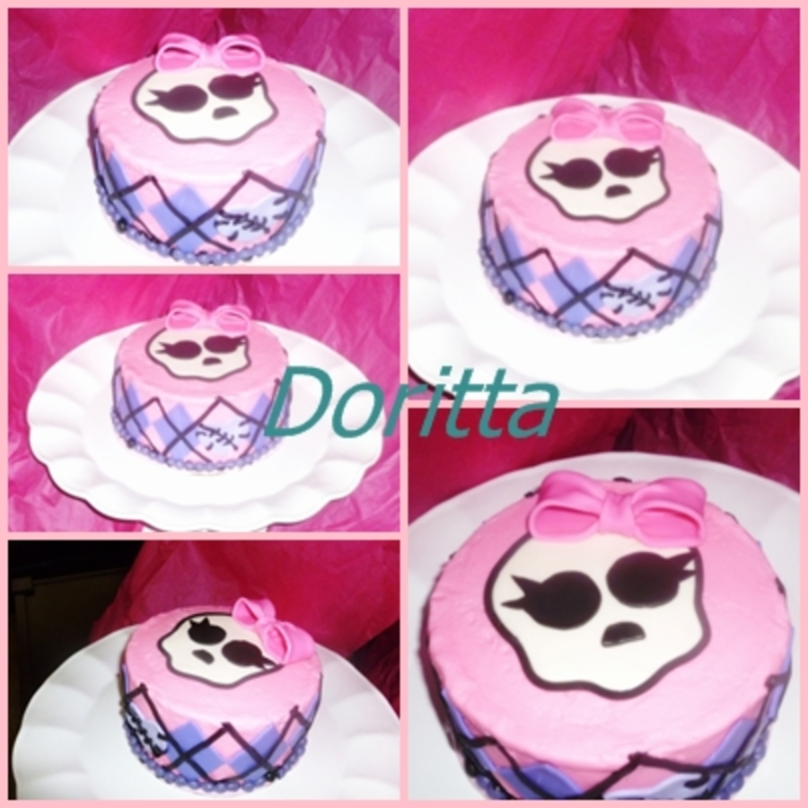 Monster High Mini Cake Covered In Icing With Fondant Accents on Cake Central
