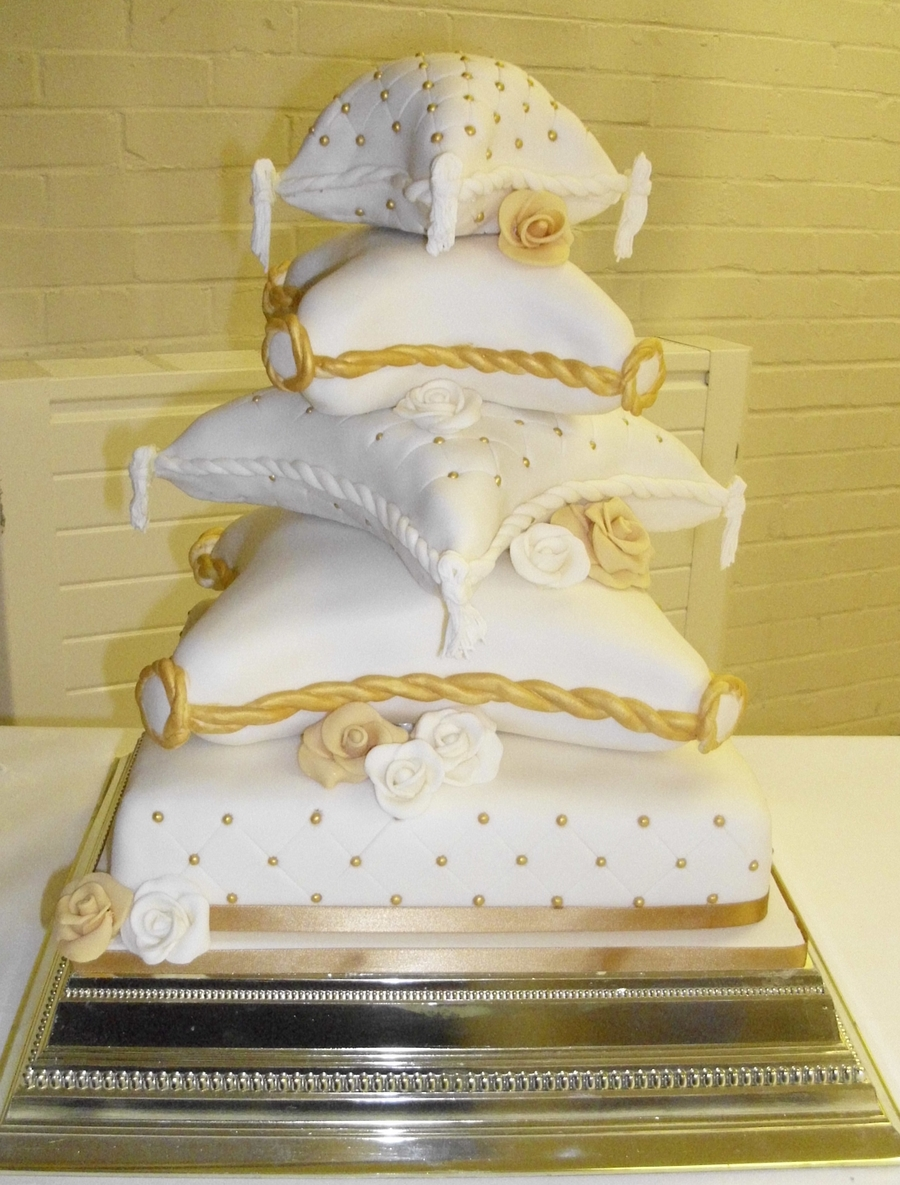 pillow traditional wedding cakes 5 tier pillow cake cakecentral 18513