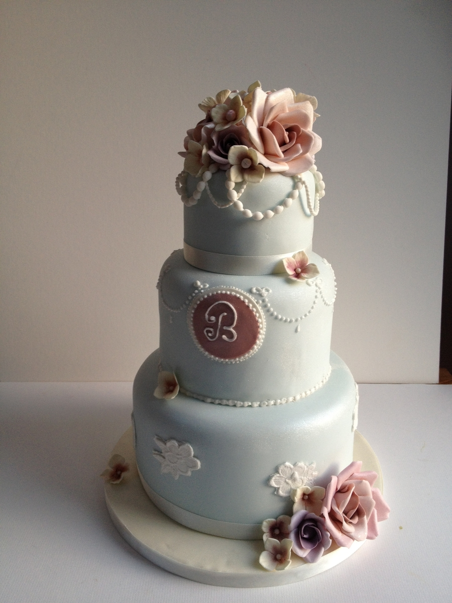 Three Tier Vintage Style on Cake Central