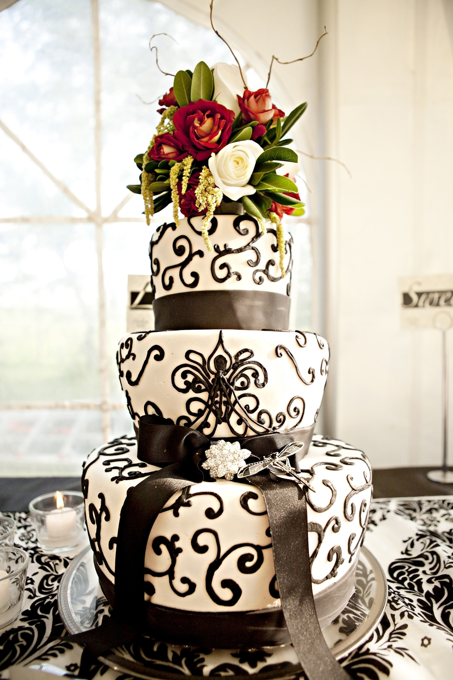 Bedazzling Black And White  on Cake Central