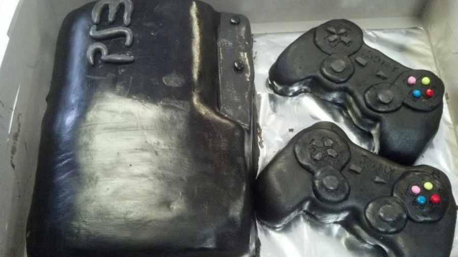 Ps3 Theme  on Cake Central