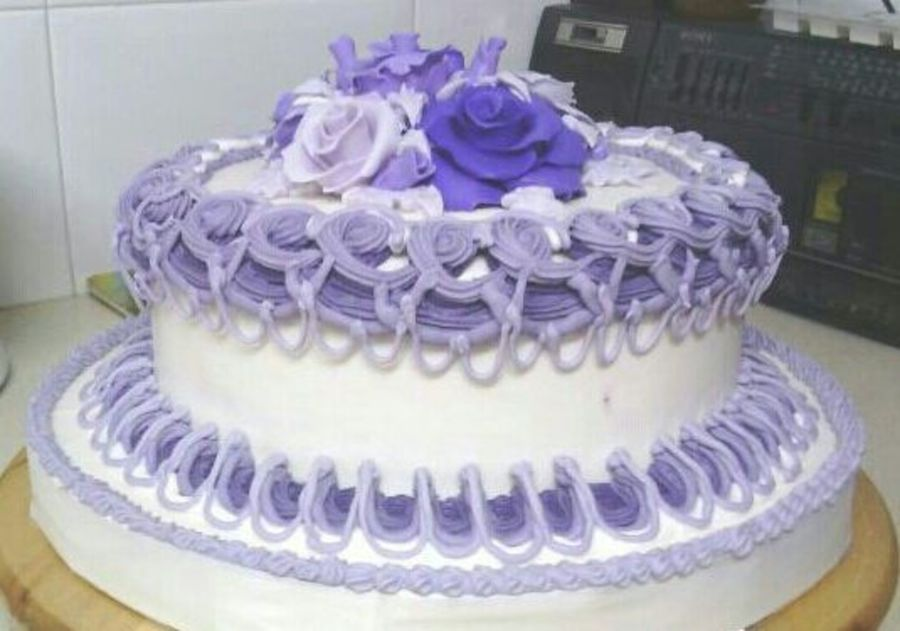 Cake Decorating Central Northmead : Royal Icing Decorations And Fondant Roses - CakeCentral.com