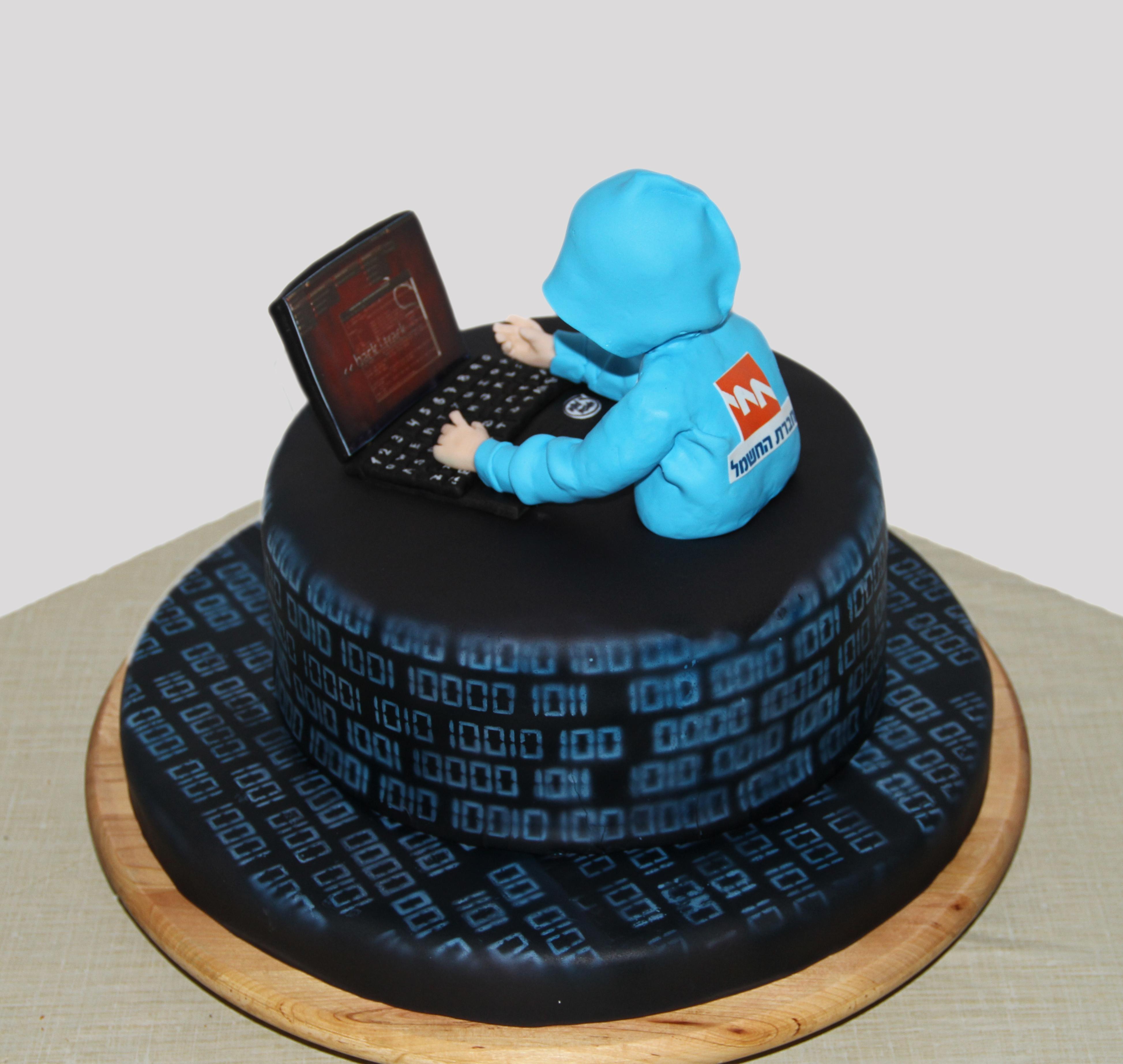 Cyber Warrior Cake Cakecentral Com