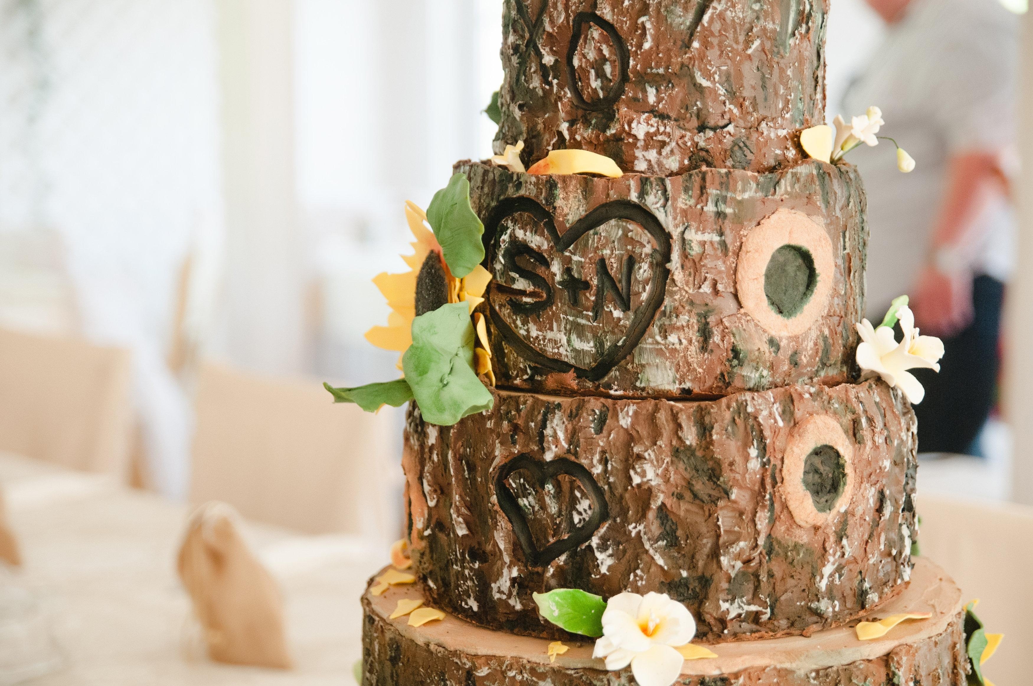 My Daughters Wedding Cake CakeCentralcom - Wedding Cake Tree Bark