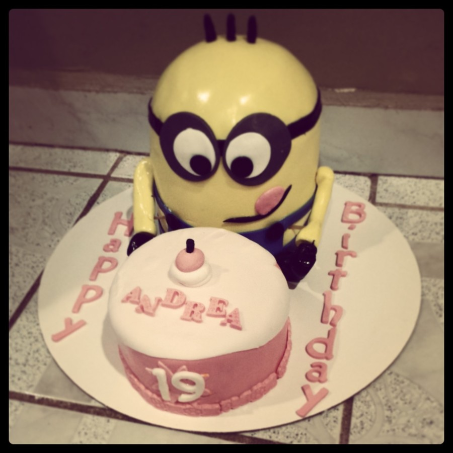 Despicable Me!!! Minion Cake on Cake Central