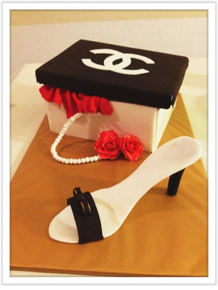 Chanel Shoe Box  on Cake Central
