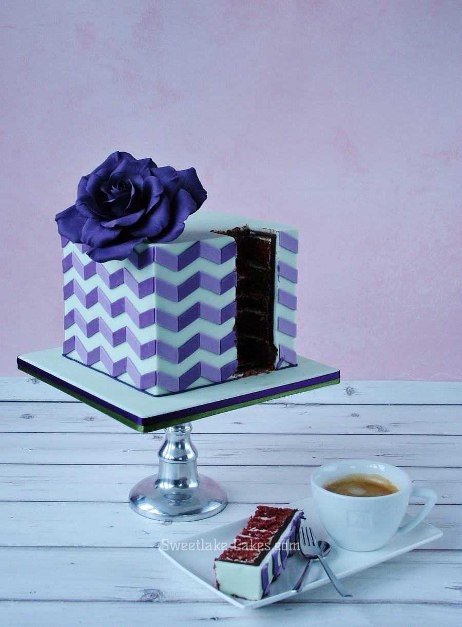 Cake Red Velvet Pattern : Red Velvet Cake With Geometric Pattern - CakeCentral.com