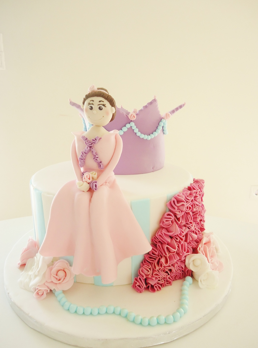 Princess Cake The Inspiration Was From Bellas Cup Cakes on Cake Central