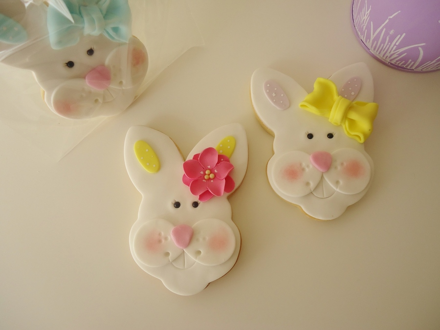 Bunny Face Cookies on Cake Central