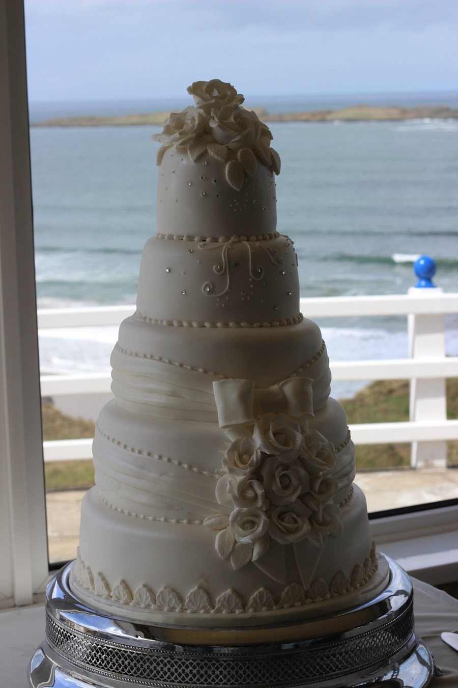 Cake By Patricia Mann Cake Designs Set Up At The Royal Court Hotel Portrush With The Beautiful East Strand In The Background on Cake Central