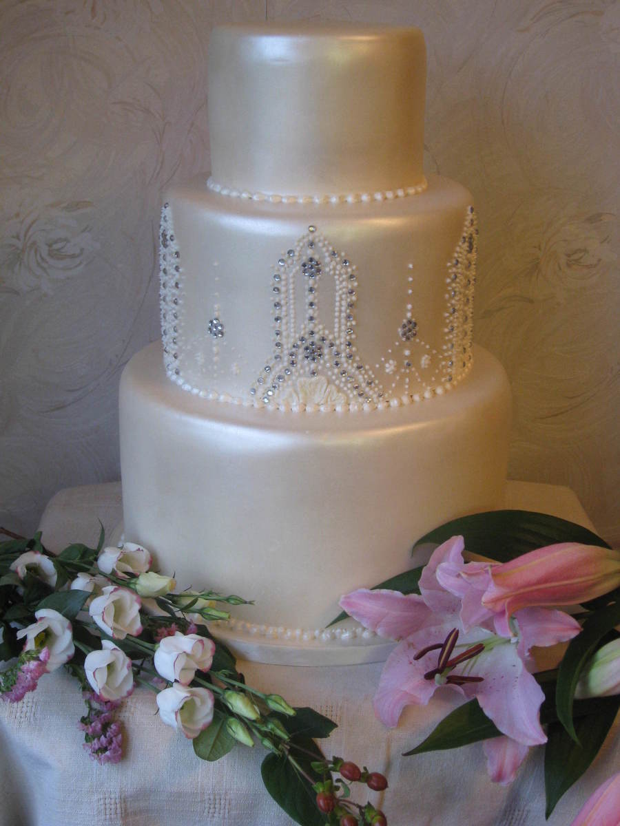 Diamond Lustre By Patricia Mann Cake Designs  on Cake Central