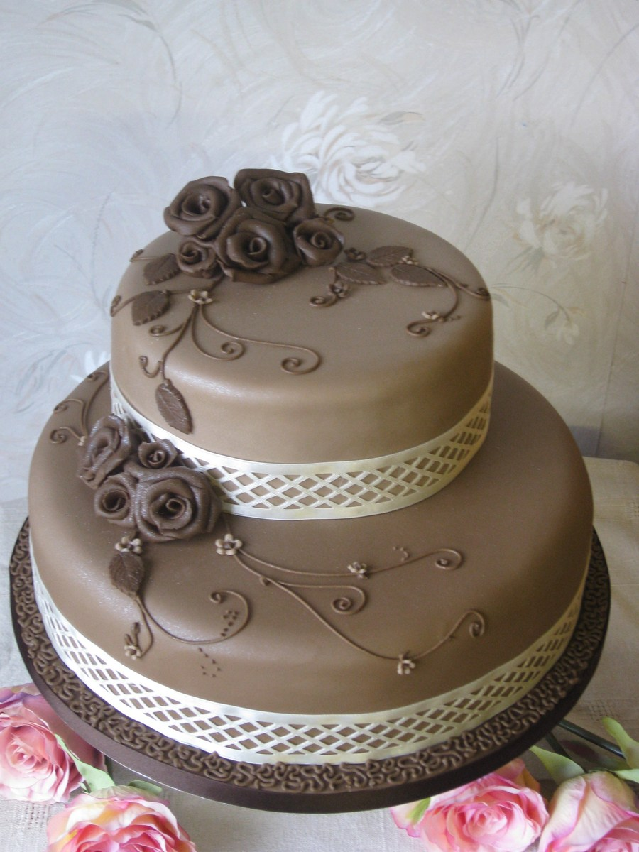Chocolate Roses By Patricia Mann Cake Designs on Cake Central