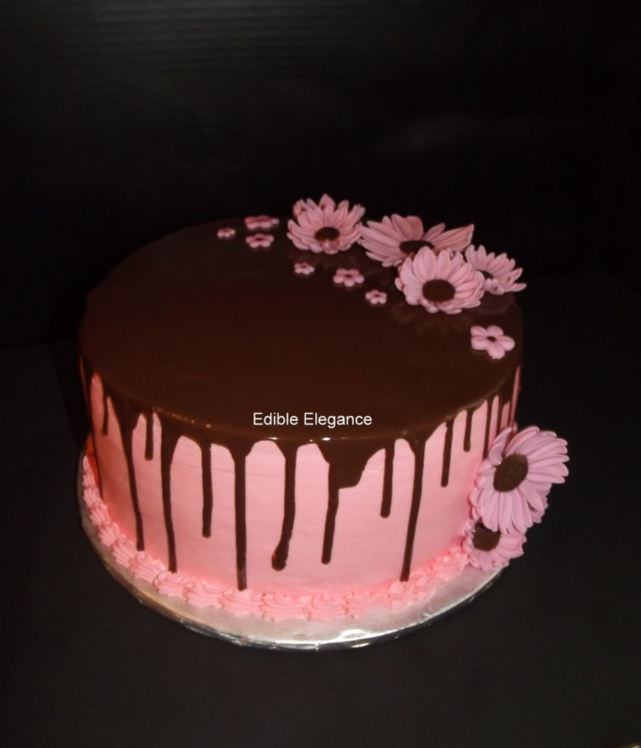 10 Round Cake With Pink Buttercream Topped With Magic