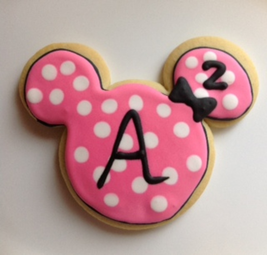 Minnie Mouse Sugar Cookie With Royal Icing Following A Design I Saw By Sugary Sweet Cookies on Cake Central