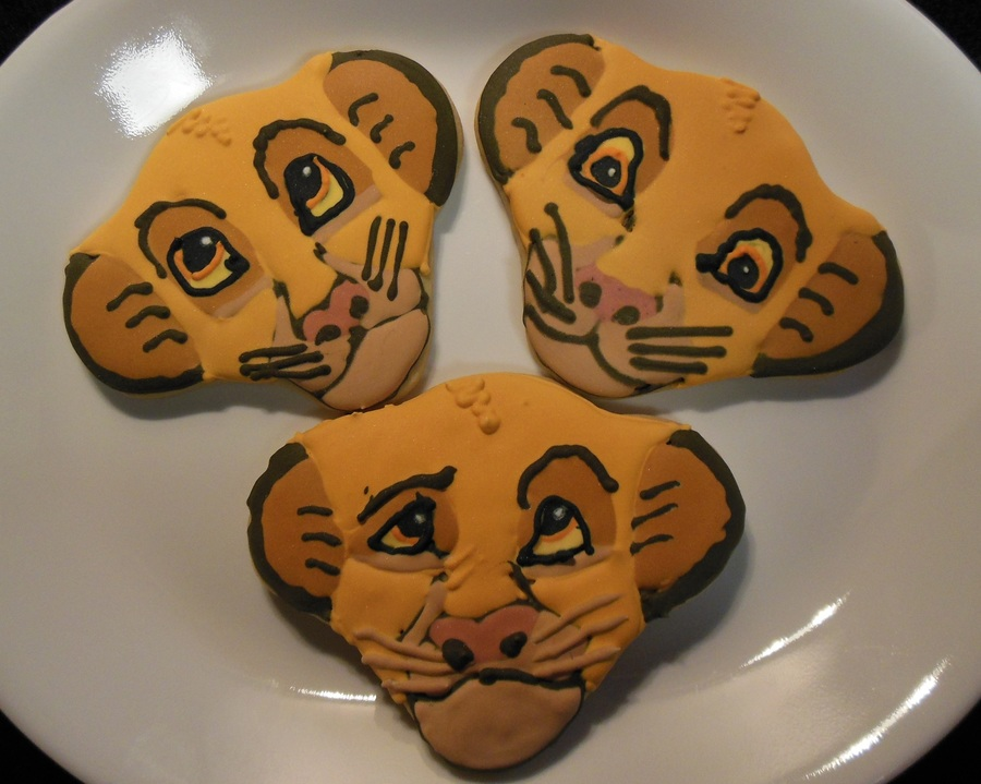 Disney Lion King Simba And Nala Cookies Cakecentral Com