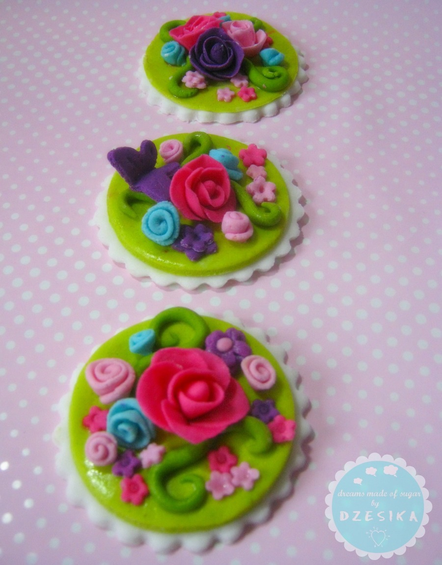 Spring Cupcake Topper on Cake Central