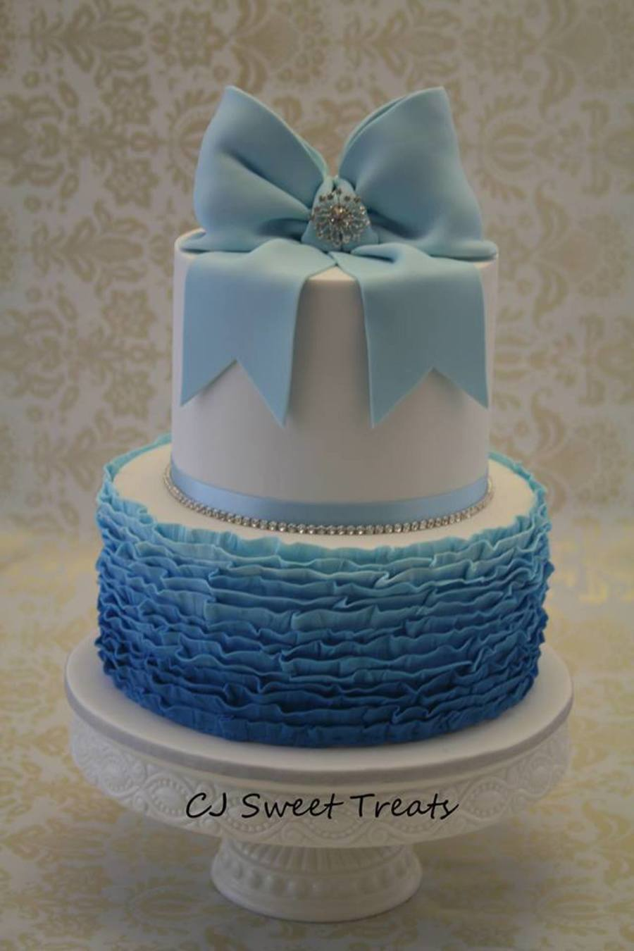 Blue Ombre Ruffle on Cake Central