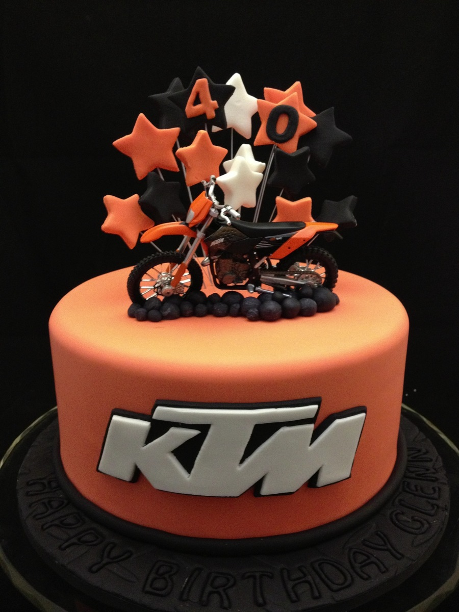 Ktm motorbike cake for Decoration ktm