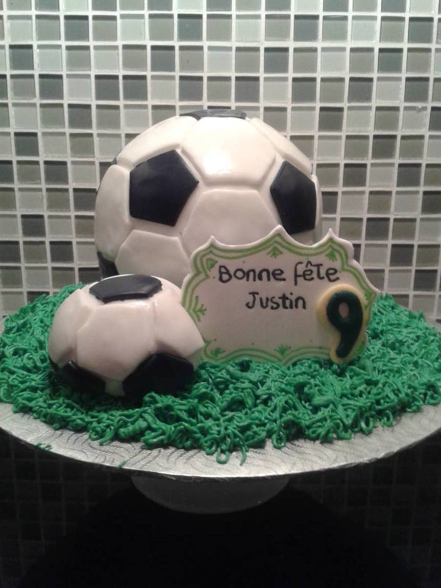Soccer Ball Ballon De Soccer Sport on Cake Central
