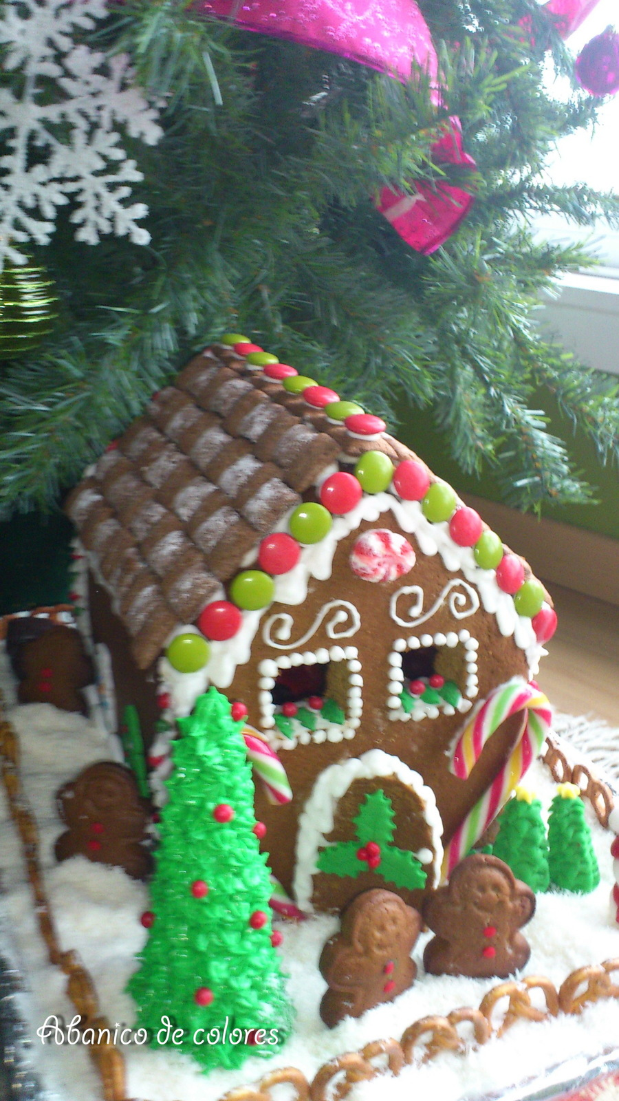 Gingerbread House Christmas 2011 on Cake Central