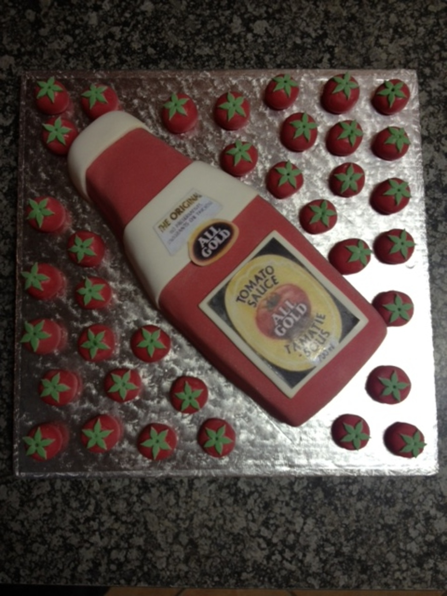 All Gold Tomato Sauce Cake Becaus There Is 36 Tomatoes That Goes