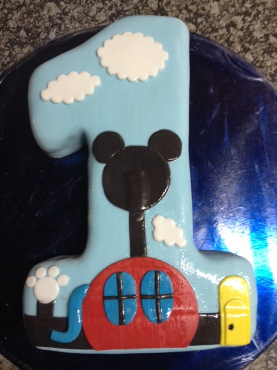 Turning 1 - Mickey Mouse Club House on Cake Central