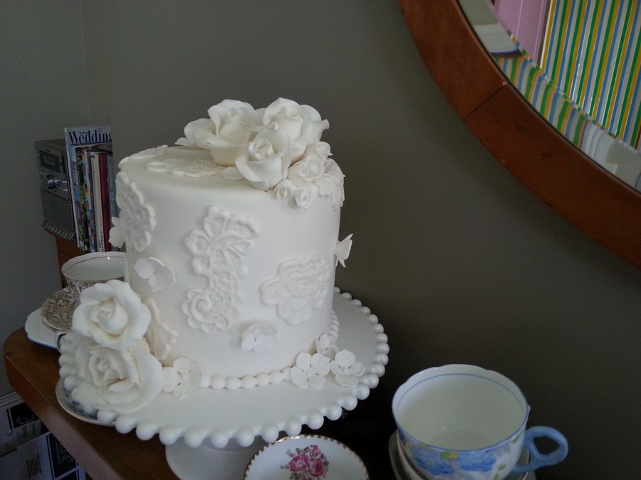 Romantic All White Tall 6 Inch Cake With Roses And Hydrangea Buds