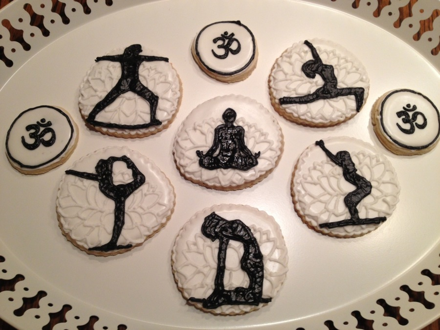 Yoga Cookies on Cake Central