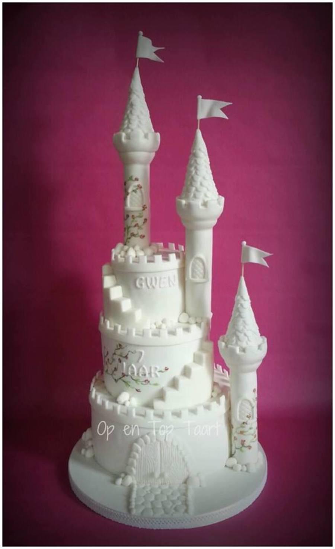 white castle cake on cake central