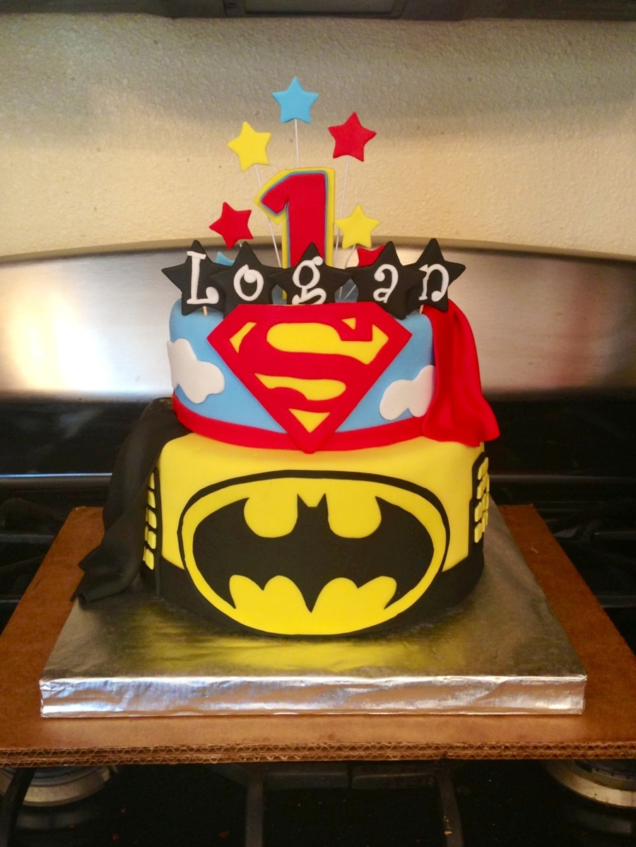 Superman Batman Birthday Cake Cakecentral Com