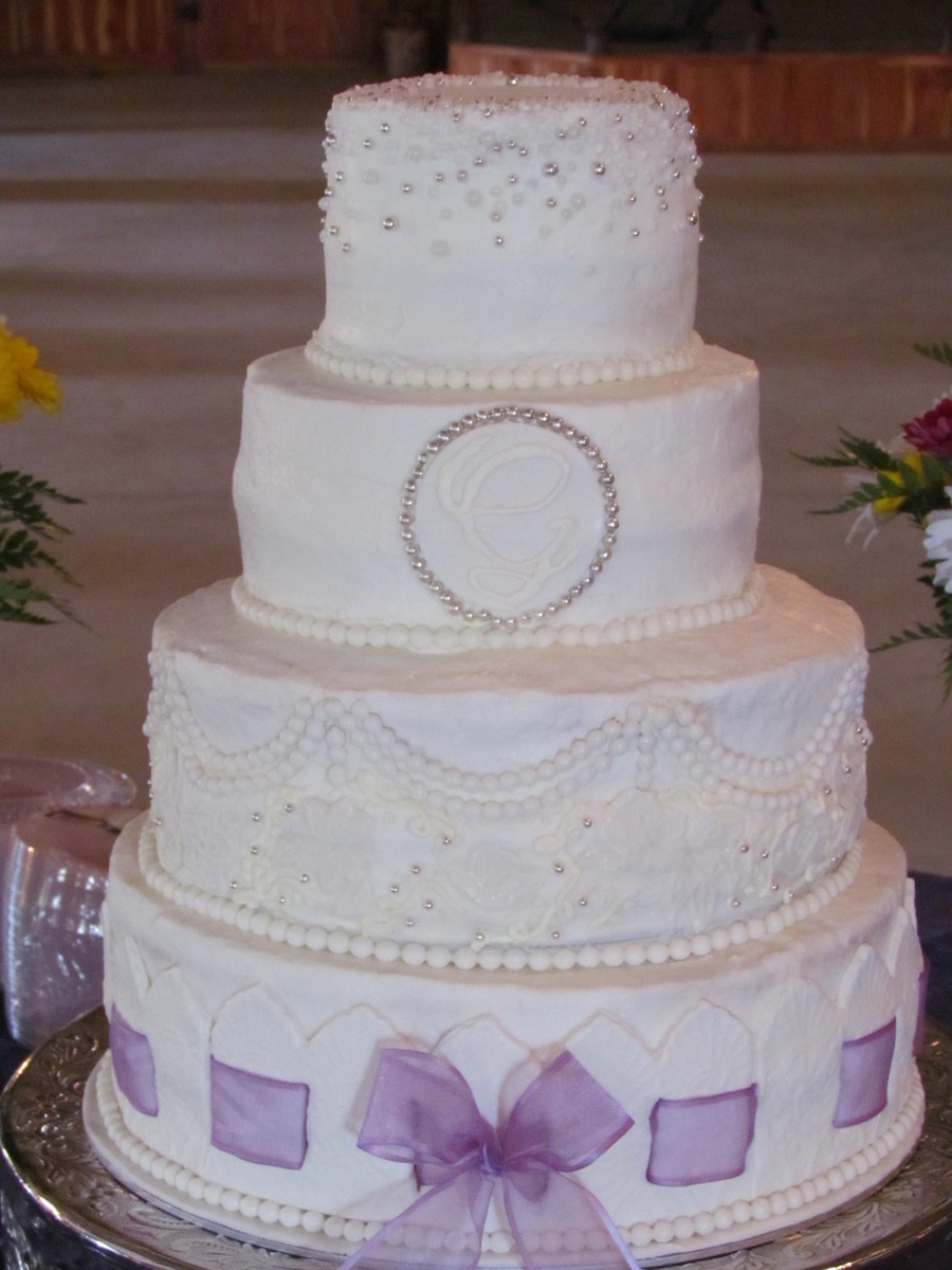 4 Tier Wedding Cake With Some Fondant Accents Bottom Tier Has 4 Wide ...