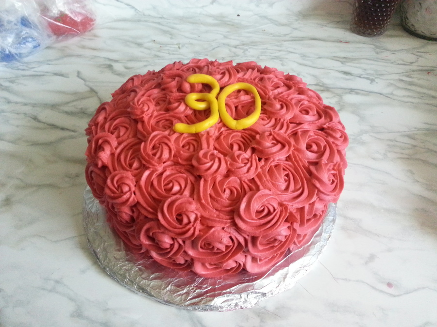 30Th Bday Cake With Red Rosettes on Cake Central