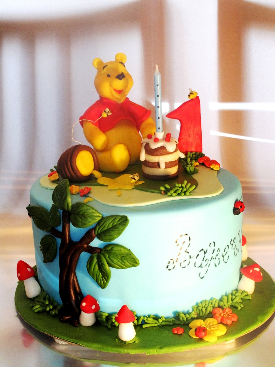 Image Result For Winnie The Pooh Cakes For St Birthday