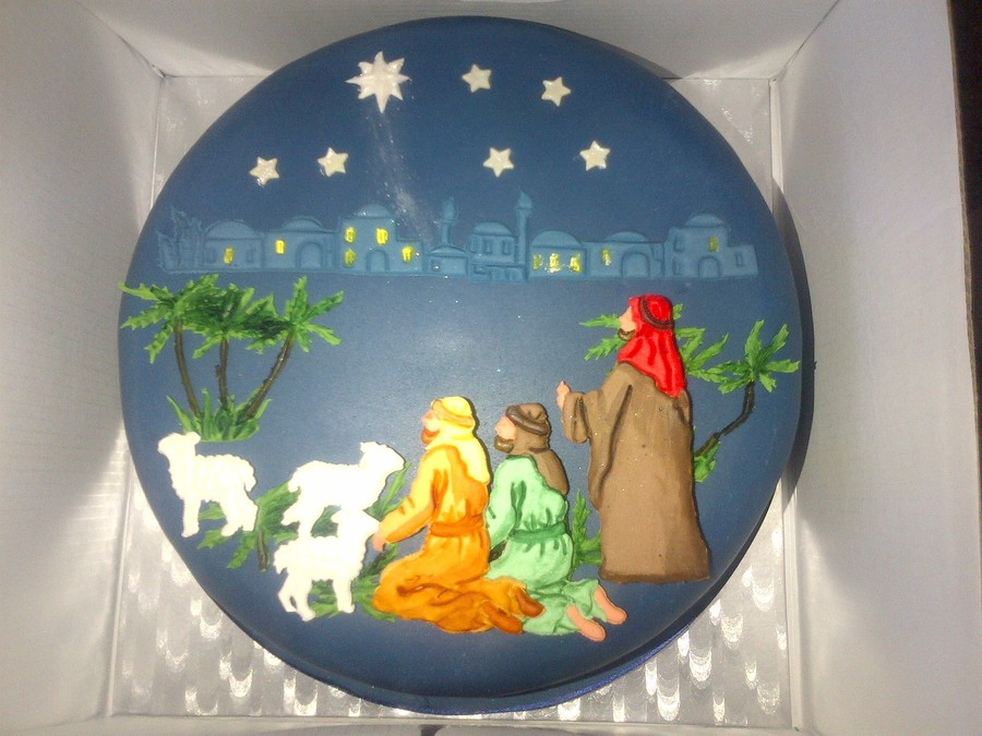 Shepherds Christmas Cake Using Patchwork Cutters on Cake Central