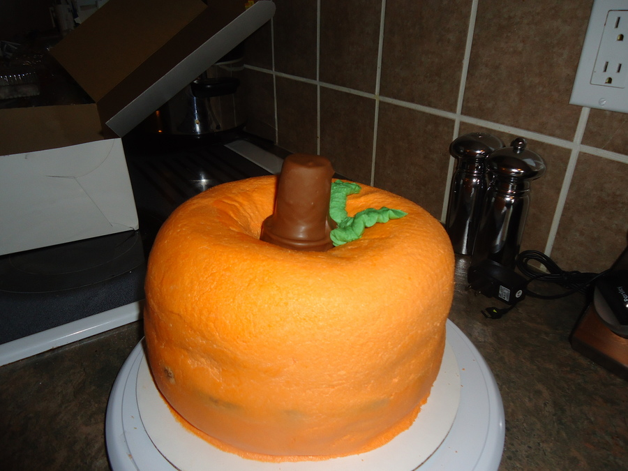 Spiced Cake With Pumpkin Pie Filling And Bc Icing on Cake Central