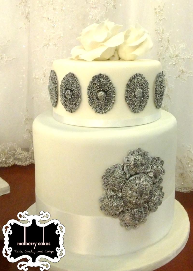 Silver Broach Wedding Cake - All Edible - CakeCentral.com