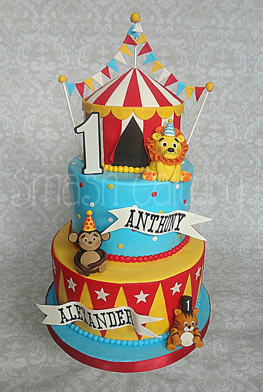 Circus First Birthday Cake Cakecentral Com